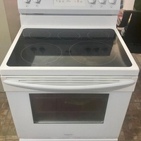 Frigidaire electric 30 Inch stove