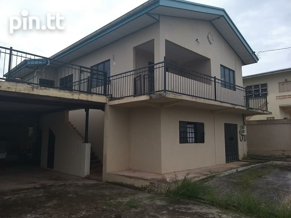 Gasparillo Fix Upper 3 Bedroom Property-1