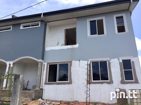 Brand New Spacious 3 Bedroom Townhouse-12