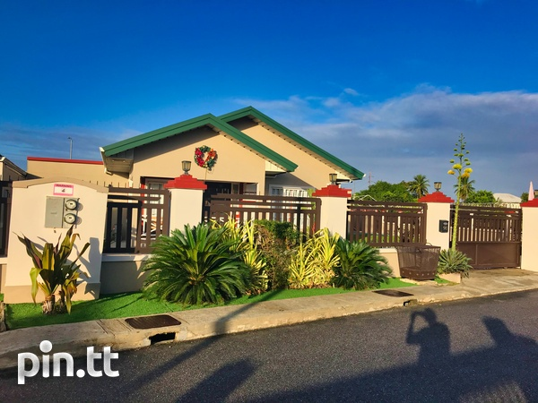 Oasis Greens Endeavour, Chaguanas 3 bedroom house-2