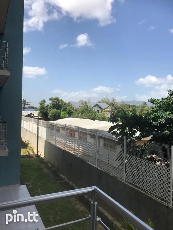 PINE PLACE CONDO WITH 3 BEDROOMS-1
