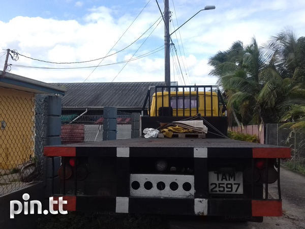 FLATBED TRUCK-3