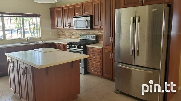4 BEDROOM TOWNHOUSE DIEGO MARTIN-4