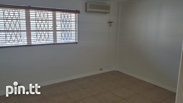 4 BEDROOM TOWNHOUSE DIEGO MARTIN-7