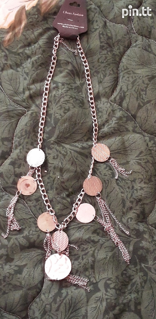 Silver Necklaces Costume Jewellery-3