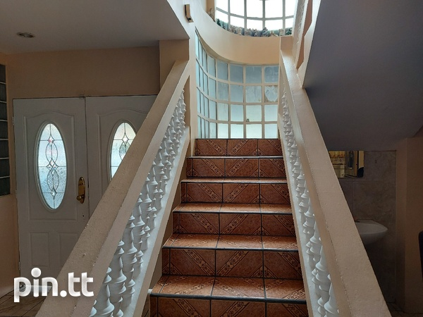 Two Storey Residential Property Situated in Arouca-4