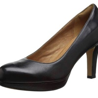 Clarks Court Shoe size 9m