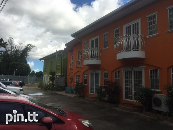 EXQUISITE TOWNHOUSES WITH 2 BEDROOMS-1