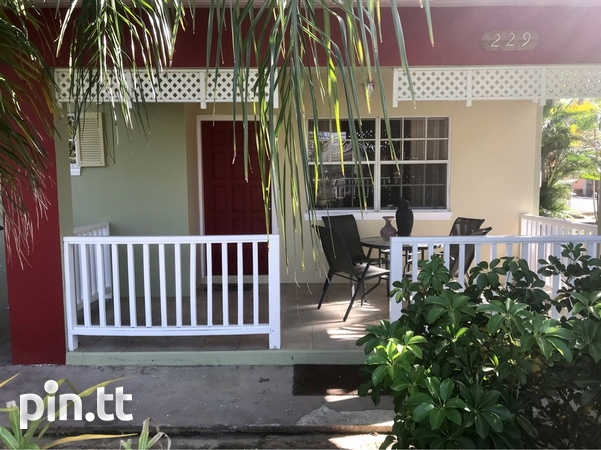 Gulfview Flat House with 3 Bedrooms-1