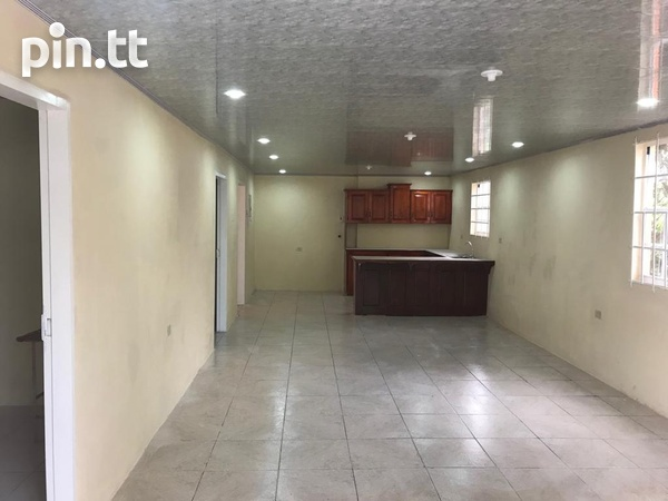 2 Bedroom Apt South Oropouche Bay Vue 2mins from Highway.-2