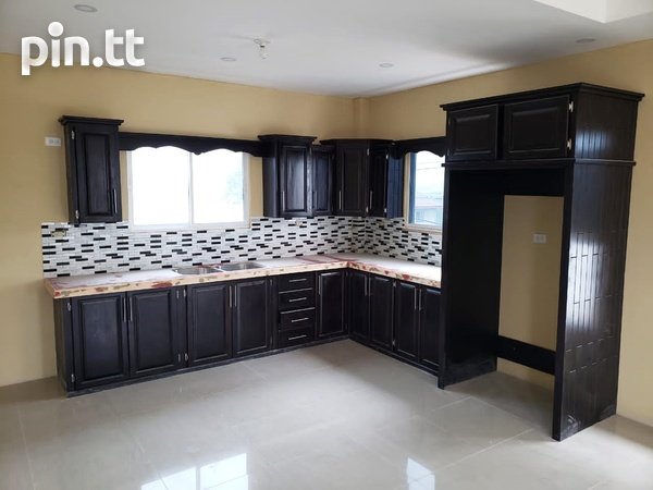 Brand New Spacious 3 Bedroom Townhouse-1