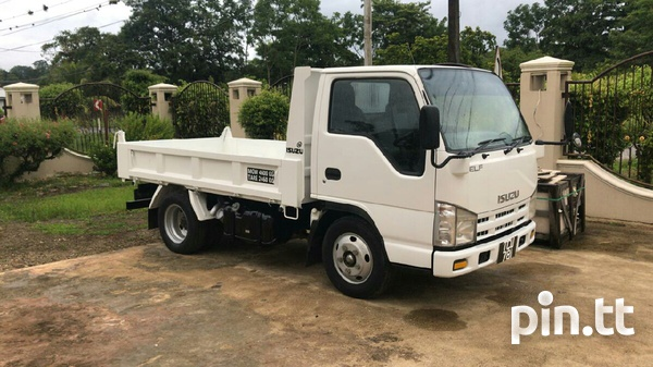 ISUZU Mini Dumper 1