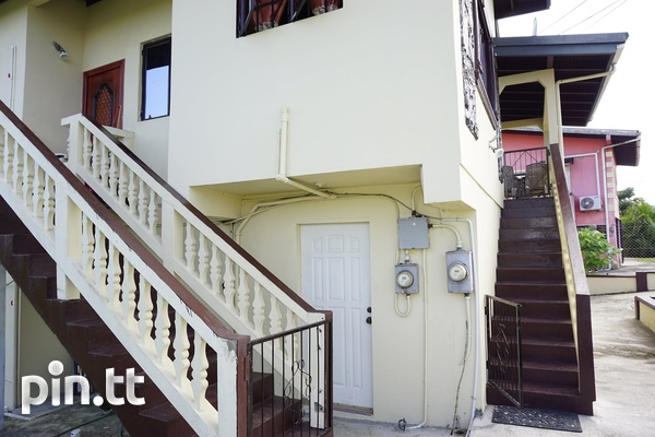 INVESTMENT PROPERTY APARTMENT BUILDING-2