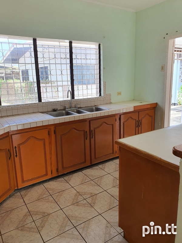 Curepe 2 Bedroom House-6