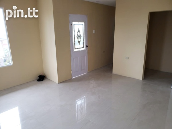 Brand New Spacious 3 Bedroom Townhouse-2