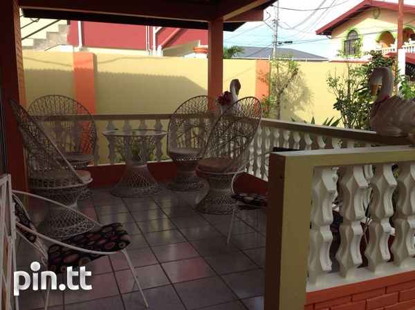 Caroni house with 3 bedrooms-2