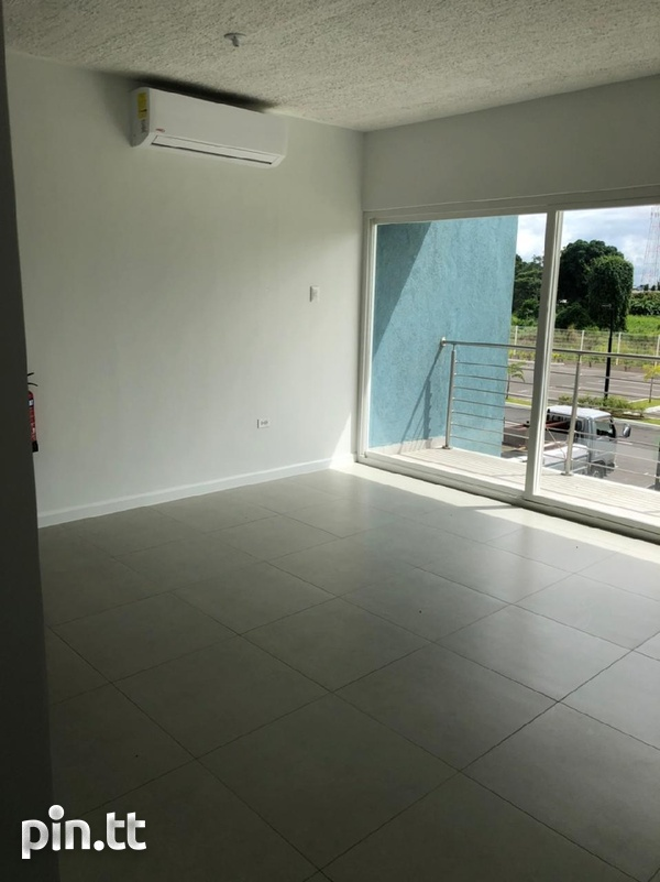 Pine Place Condo with 3 bedrooms-8