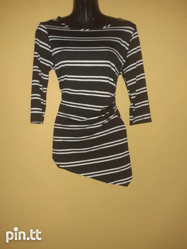 Used women's dresses and tops-4