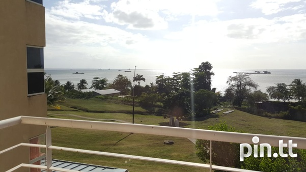 Cara Courts Seaview Apartment with 3 Bedrooms-3