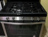 30 Whirlpool Stainless Steel Gas Range W/Convection Oven.