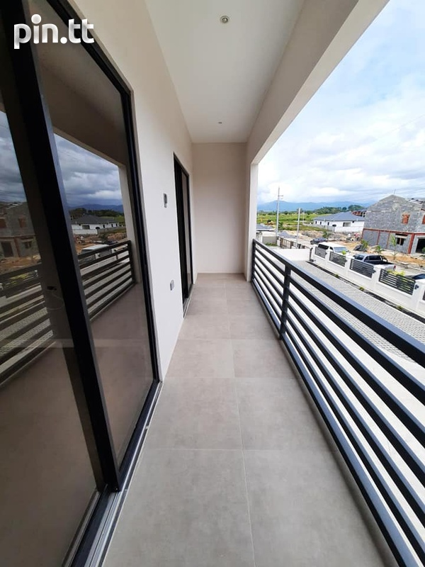 Cunupia Modern Townhouses with 3 Bedroom-12