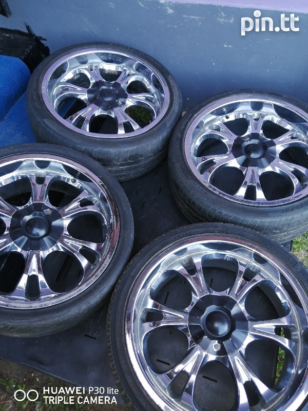 6 Hole Rims and Tyres-3