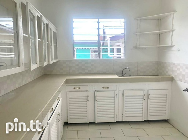 UNFURNISHED TWO BEDROOM APARTMENT BARATARIA-1