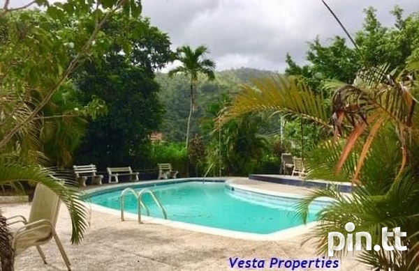 Fully Furnished 2 Bedroom Apartment-7