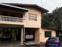 3 Bedroom House on 1 Acre with Mature Cedar Trees