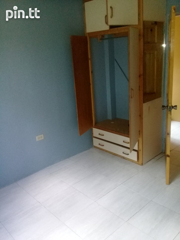 Space for Mature Female Roommate-2