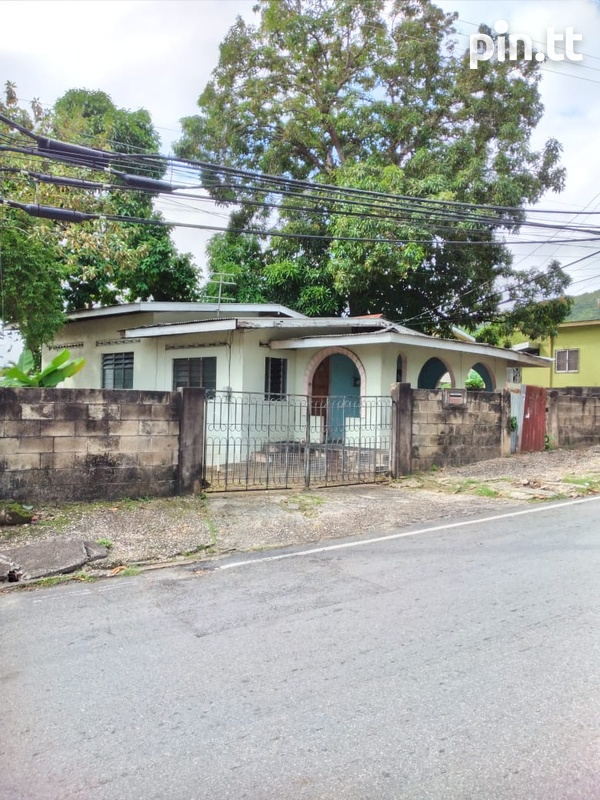 3 Bedroom La Puerta and Broome Street, Diego Martin House-2