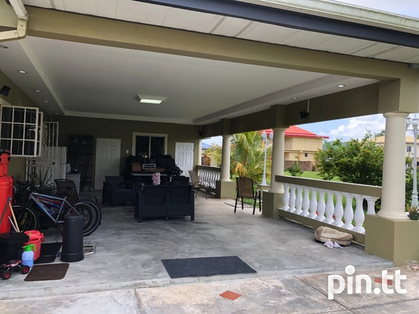 Palm View Gardens House with 4 Bedrooms-7