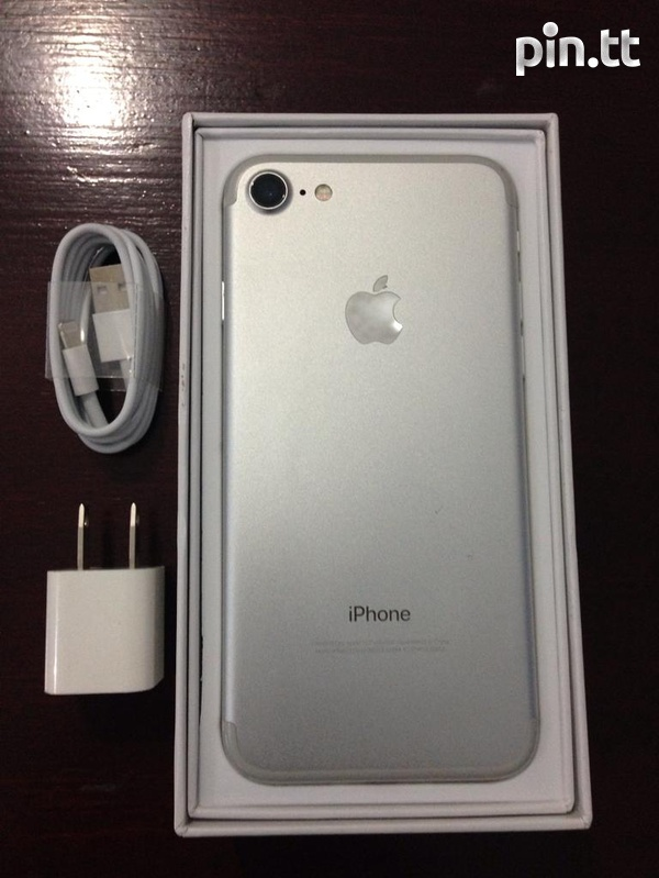 Apple iPhone 7 128GB-2