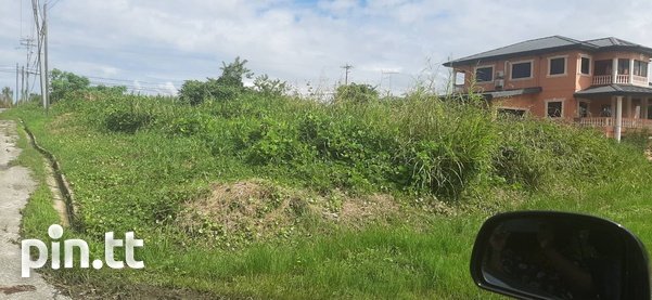 Beautiful 10,000sq.feet residential land-2