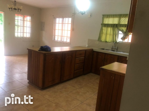 2 Bedroom Apartment Temple Street, off Duncan Village-9