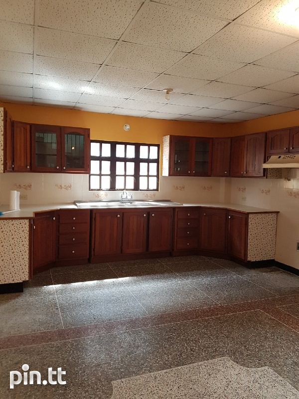 South 5 bedroom 2 storey home.-7