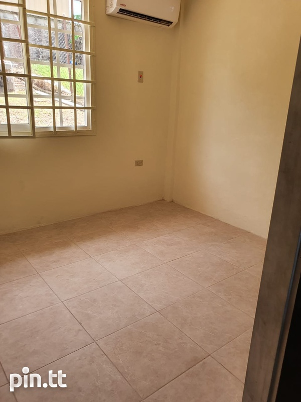 Apartment with 2 Bedrooms Union Hall, San Fernando-5