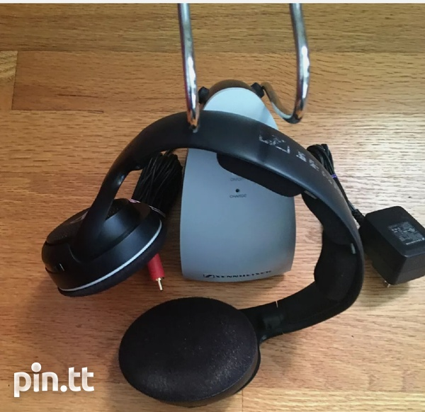 Senheiser RS120 wireless rechargeable headphone, offers invited-2