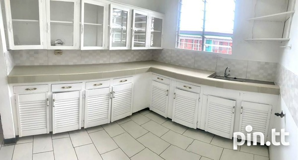 UNFURNISHED TWO BEDROOM APARTMENT BARATARIA-3
