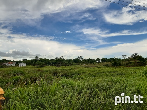 Land in Rousillac is on the MARKET-4