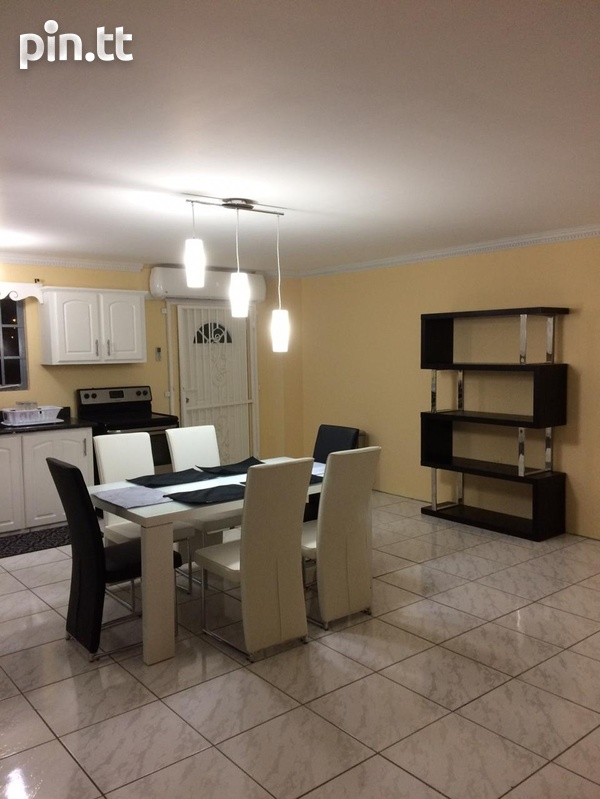 Retrench 3 Bedroom Trilevel Townhouse-2