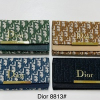 Fashion wallets perfect for her