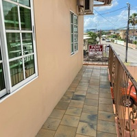 BARATARIA SEMI-FURNISHED 2 BEDROOM WITH PARKING FOR 2.