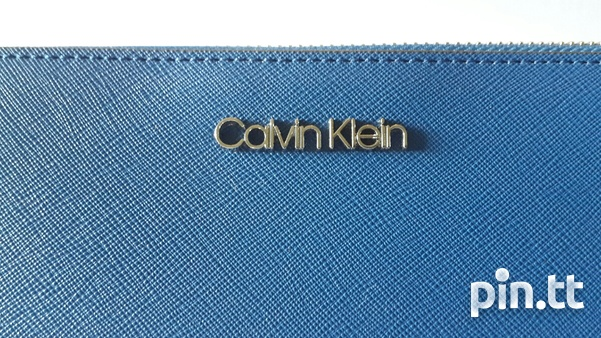 Calvin Klein zip around wallet/wristlet-2