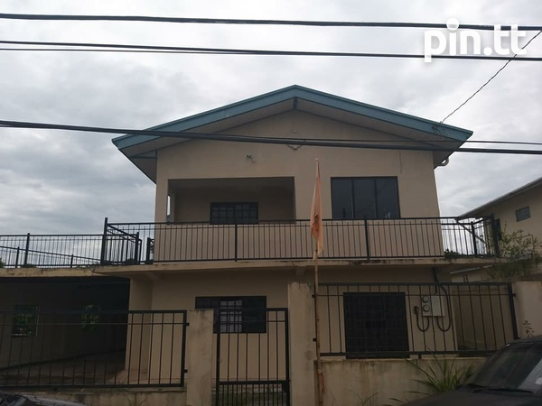 Gasparillo Fix Upper 3 Bedroom Property-2