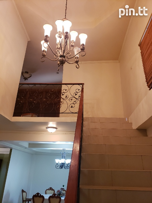 Executive Fully furnished 3 Bedroom Townhouse-4