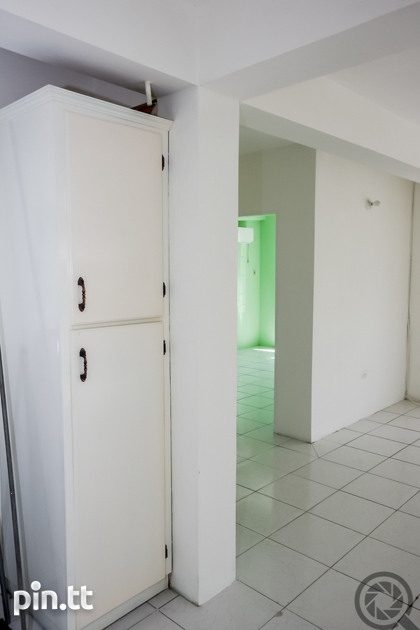 DOWNSTAIRS 2 BEDROOM APARTMENT IN PENCO LANDS-4