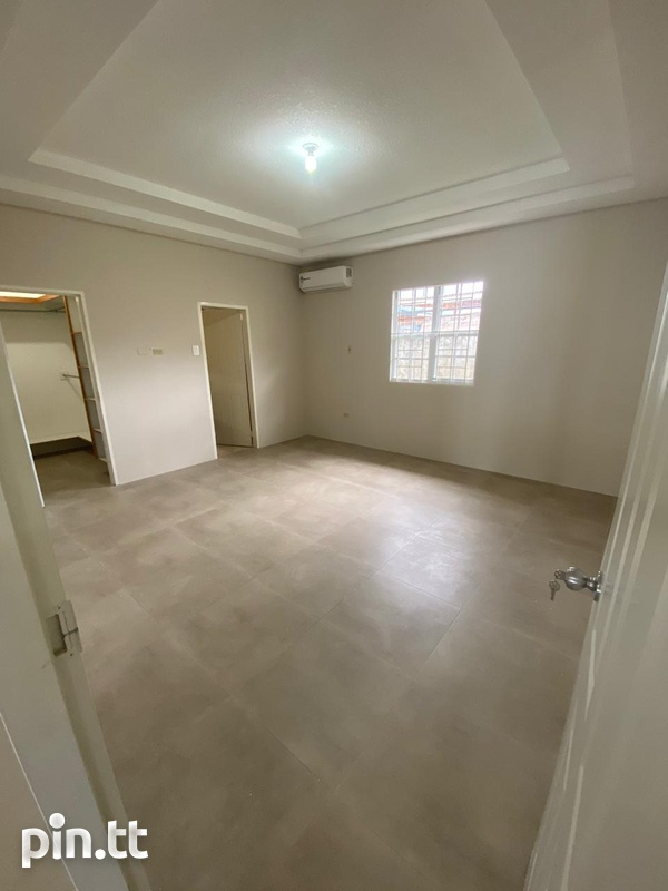 Savannah Court Freeport- 3 Bedroom House in a Gated Community-5
