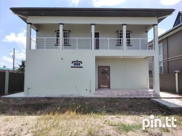 Charlieville 3 Bedroom House-1