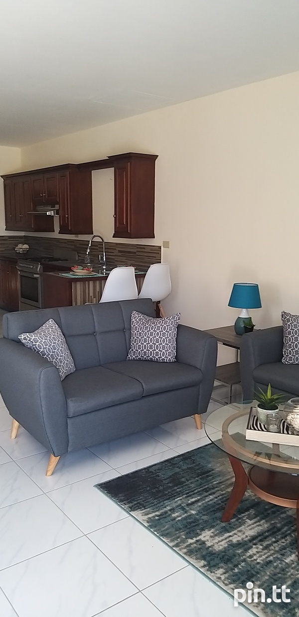 End Unit Townhouse with 3 Bedrooms-6